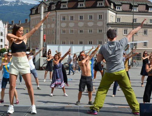 """""""Für Tanz- und Lebensfreude"""" – mit Salsa Libre am Marktplatz Innsbruck"""